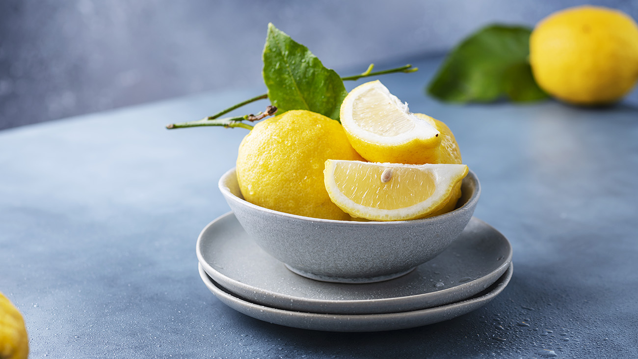Low-Key Lifehacks: 4 Ingenious Ways to Use Lemons